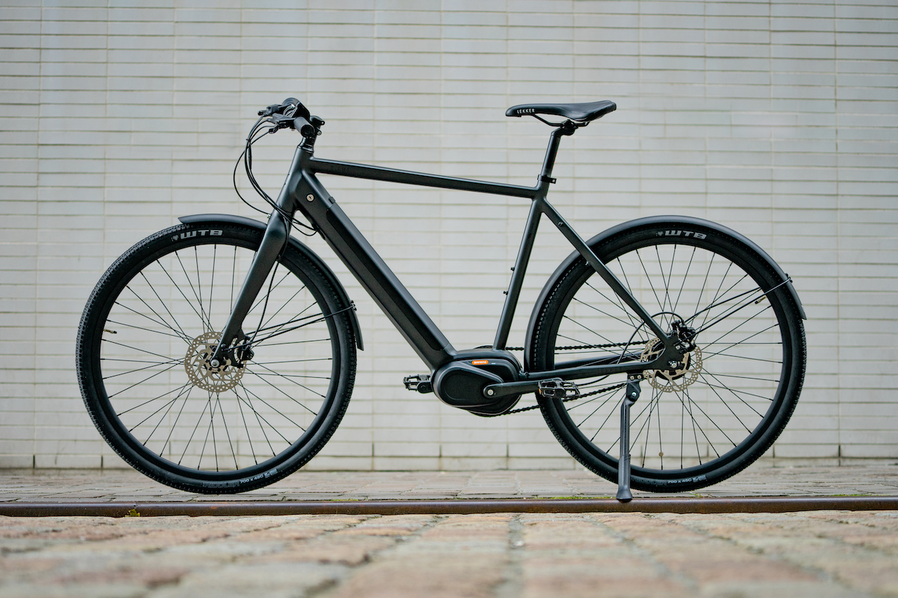 LEKKER eBike Amsterdam GT in Satin Black